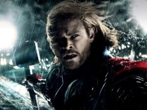 Thor_The_Dark_World_marvel_Chris_Hemsworth_Natalie_Portman_Tom_Hiddleston