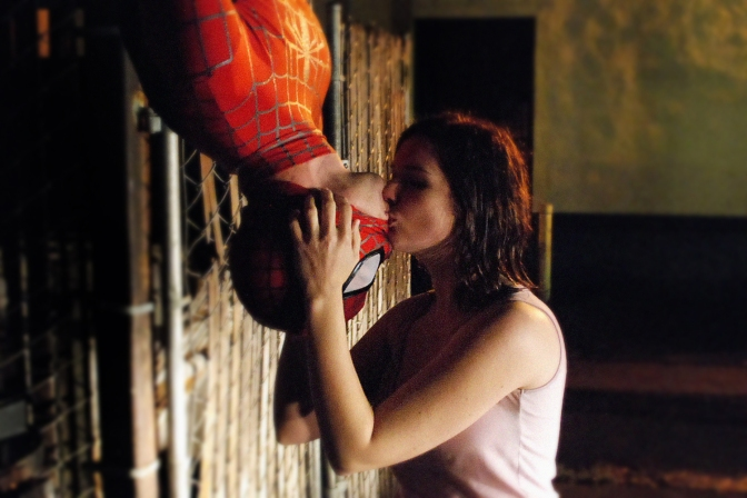 Spider-Man, Mary Jane Watson, Tobey Maguire, Kirsten Dunst, Upside Down Kiss Scene, Spider-Man 2002, Sam Raimi, comics, movies, Peter Parker, Spider-Man's Best Scene