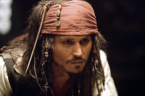 still-of-johnny-depp-in-pirates-of-the-caribbean--the-curse-of-the-black-pearl-(2003)