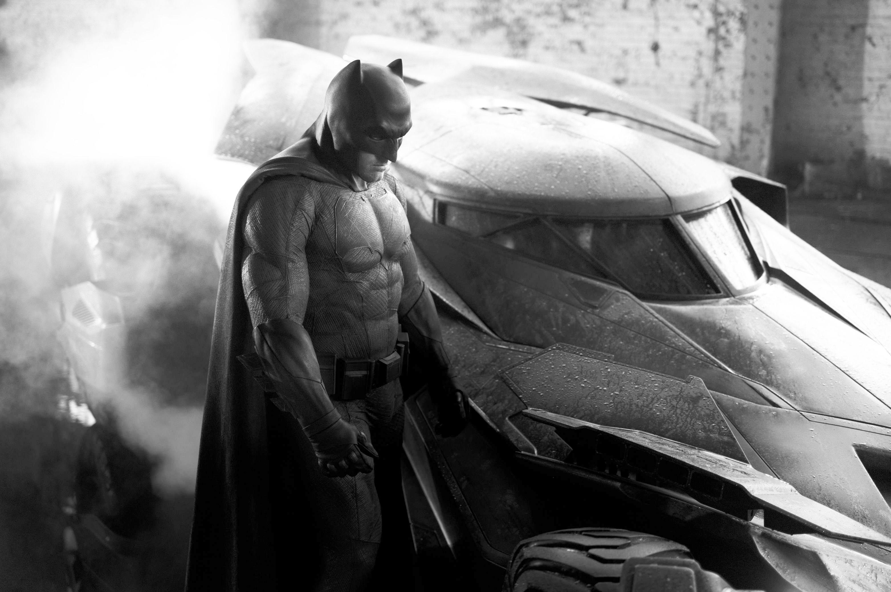 First Look at Ben Affleck as Batman and the Batmobile from ...
