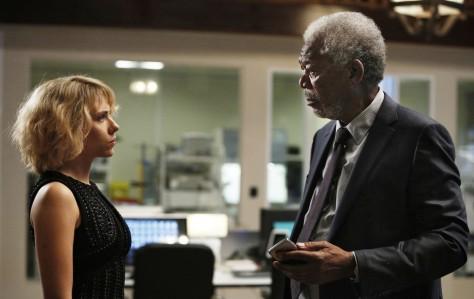 Morgan Freeman, Scarlet Johansson, Lucy