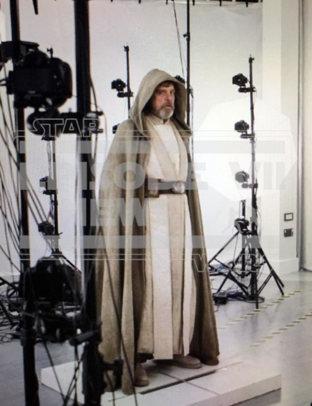 First Picture of Mark Hamill as Luke Skywalker | Killing Time