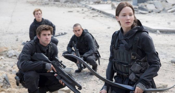 Movie Review: The Hunger Games Mockingjay Part 2 (2015) *The Games End*