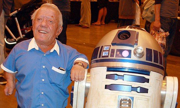 R.I.P. Kenny Baker (1934 – 2016) *Farwell, R2-D2*