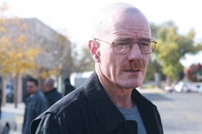 Bryan-Cranston-Breaking-Bad-S01-Still-MITMVC-Ep-6-5