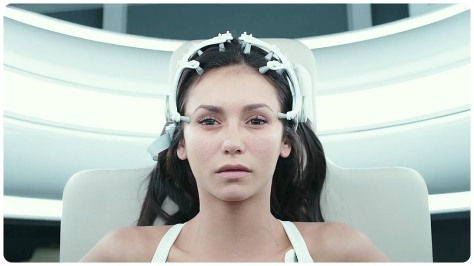 Nina Dobrev in Flatliners