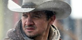 Jeremy Renner in Wind River