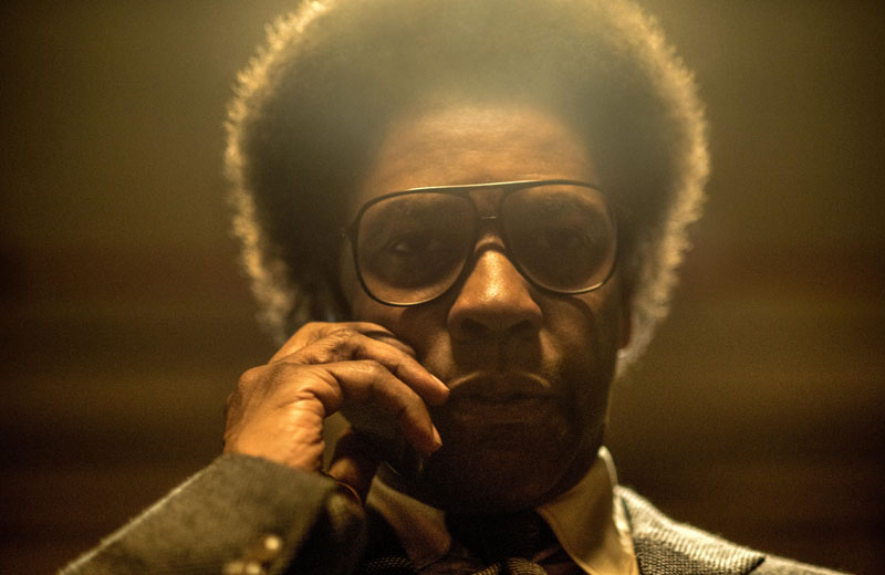 Denzel Washington in Roman J. Israel Esq.