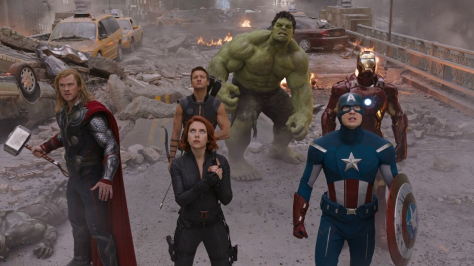 Chris Hemsworth, Scarlett Johansson, Chris Evans, Jeremy Renner, Robert Downey Jr. and Mark Ruffalo in The Avengers