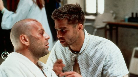 Brad Pitt and Bruce Willis in 12 Monkeys