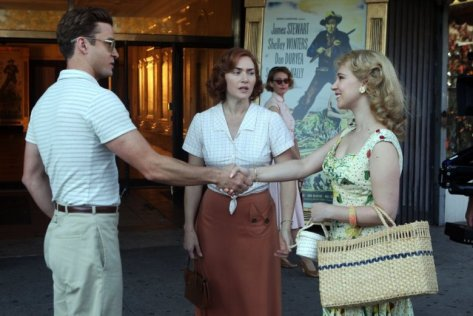Justin Timberlake, Kate Winslet, and Juno Temple in Wonder Wheel