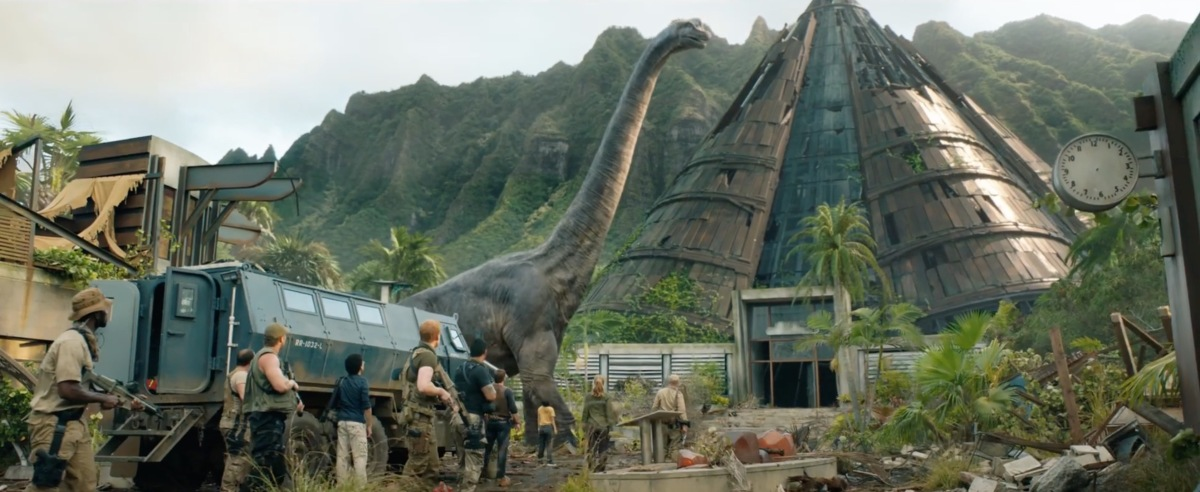 "Jurassic World: Fallen Kingdom Trailer #2 (2018) ""The Park Is Closed"""