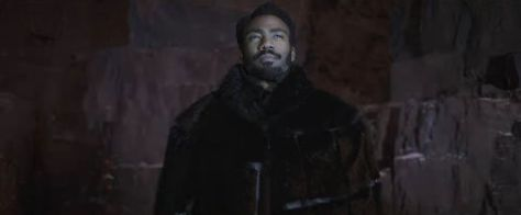 gallery-1517846664-donald-glover-lando-calrissian-solo-a-star-wars-story-fur-coat