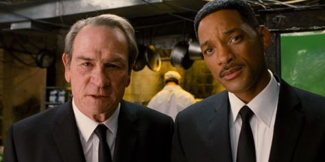 Tommy Lee Jones and Will Smith in Men in Black