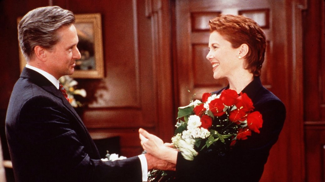 Michael Douglas and Annette Bening in The American President